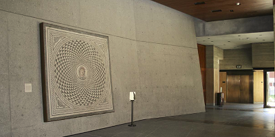 A wall in the J. Paul Getty museum in gray has a modern look.