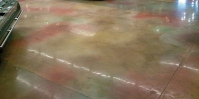 They used a 32-inch Diamatic 780 Ultra concrete grinder with diamond bonds ranging from soft to medium hard, then finished up with grit resins from 50 to 800.