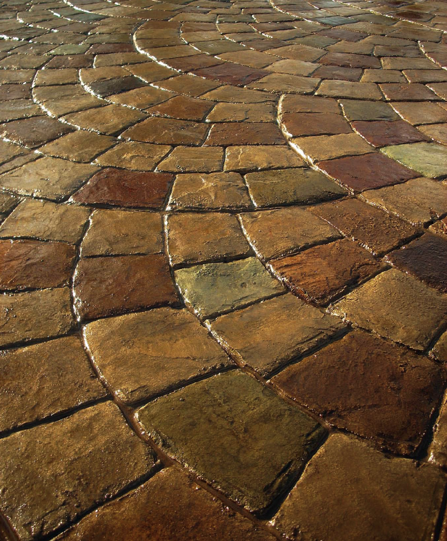 More than 20 different colors were used to differentiate the stones in the cobblestone fan, located at the Memphis Botanic Garden in Memphis, Tenn. Photos courtesy of Baltz & Sons Concrete Services