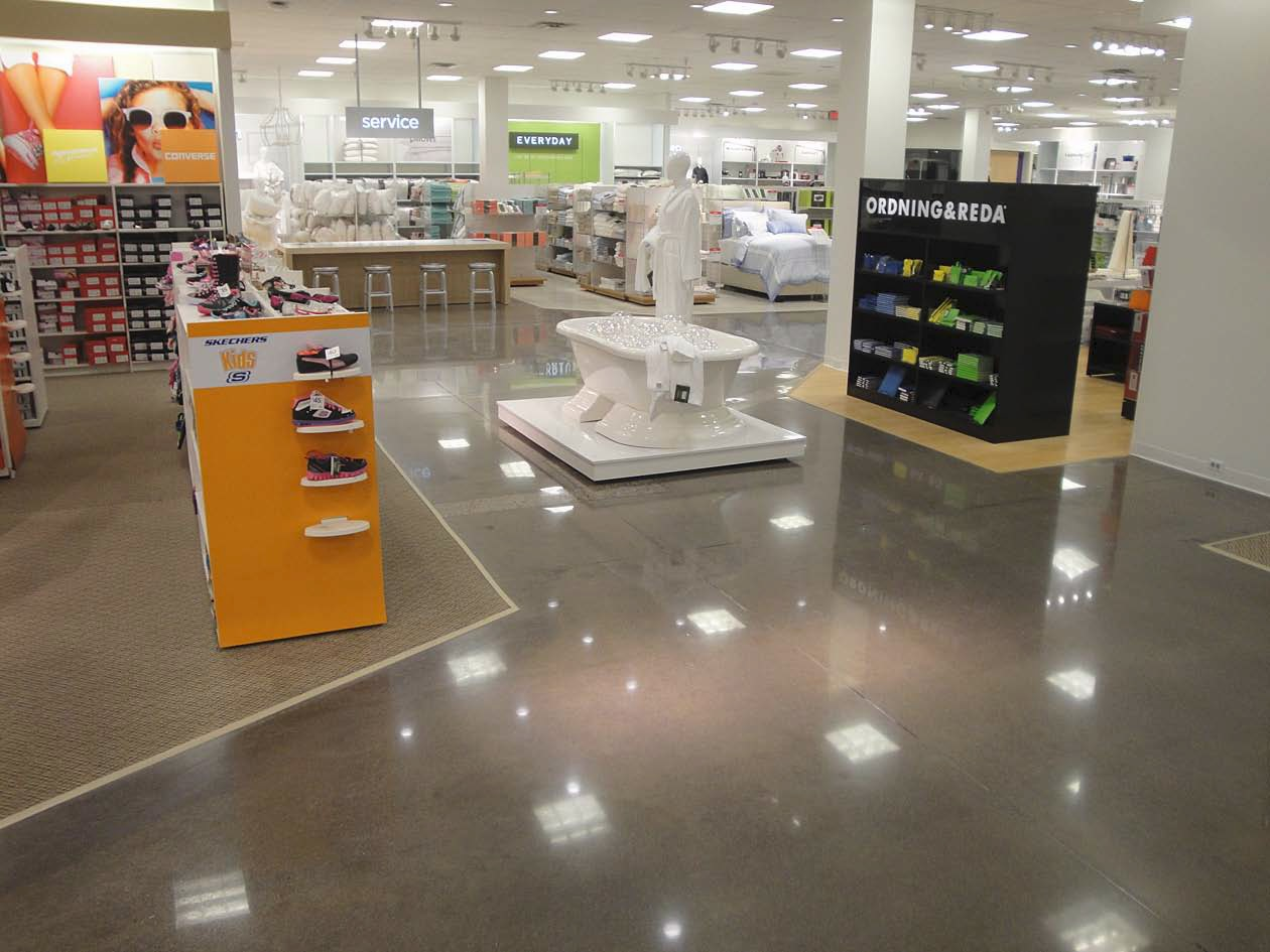 In this stand-alone store in Canton, Mich., the contractor polished the existing underlayment, but all the joints had to be rebuilt with Rapid Set TRU. It was a massive repair project.