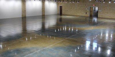Decorative concrete in art galleries