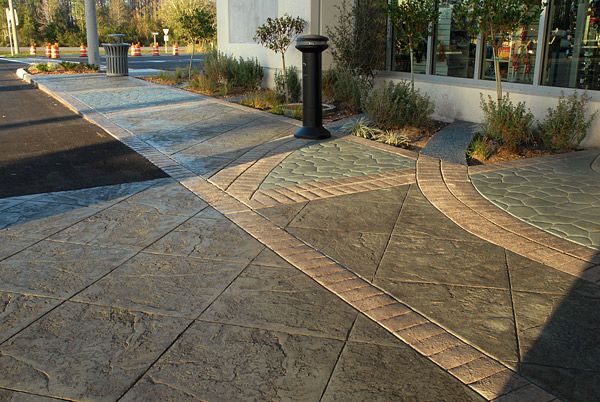 Stamped concrete plaza in Florida