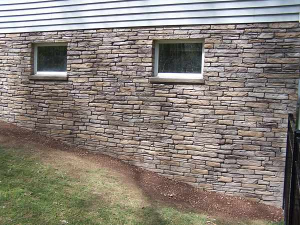 Cultured Stone Walls : Icf walls become vertical canvases for decorative concrete