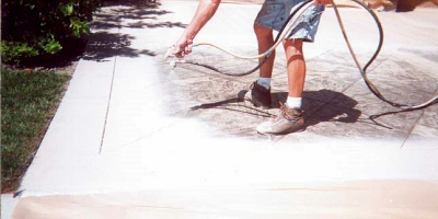 As Southern California contractors, Rod Sadleir and his brother, Gerry, were among the first to resurface concrete with a very thin polymer-cement overlay.