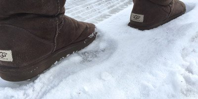 ugg boots on snow