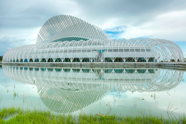 University of South Florida's Polytechnic 555 Building on the campus of Florida Polytechnic University in Lakeland, Florida. Photos courtesy of American Society of Concrete Contractors