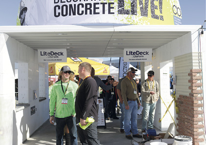 Two attendees talking shop at Concrete Decor's Decorative Concrete Live.