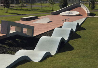 Lock 8 Skate & BMX Park Located beside the Lock 8 Canal, the Lock 8 Skate and BMX Park has a design inspired by the ships that pass through the waterway.
