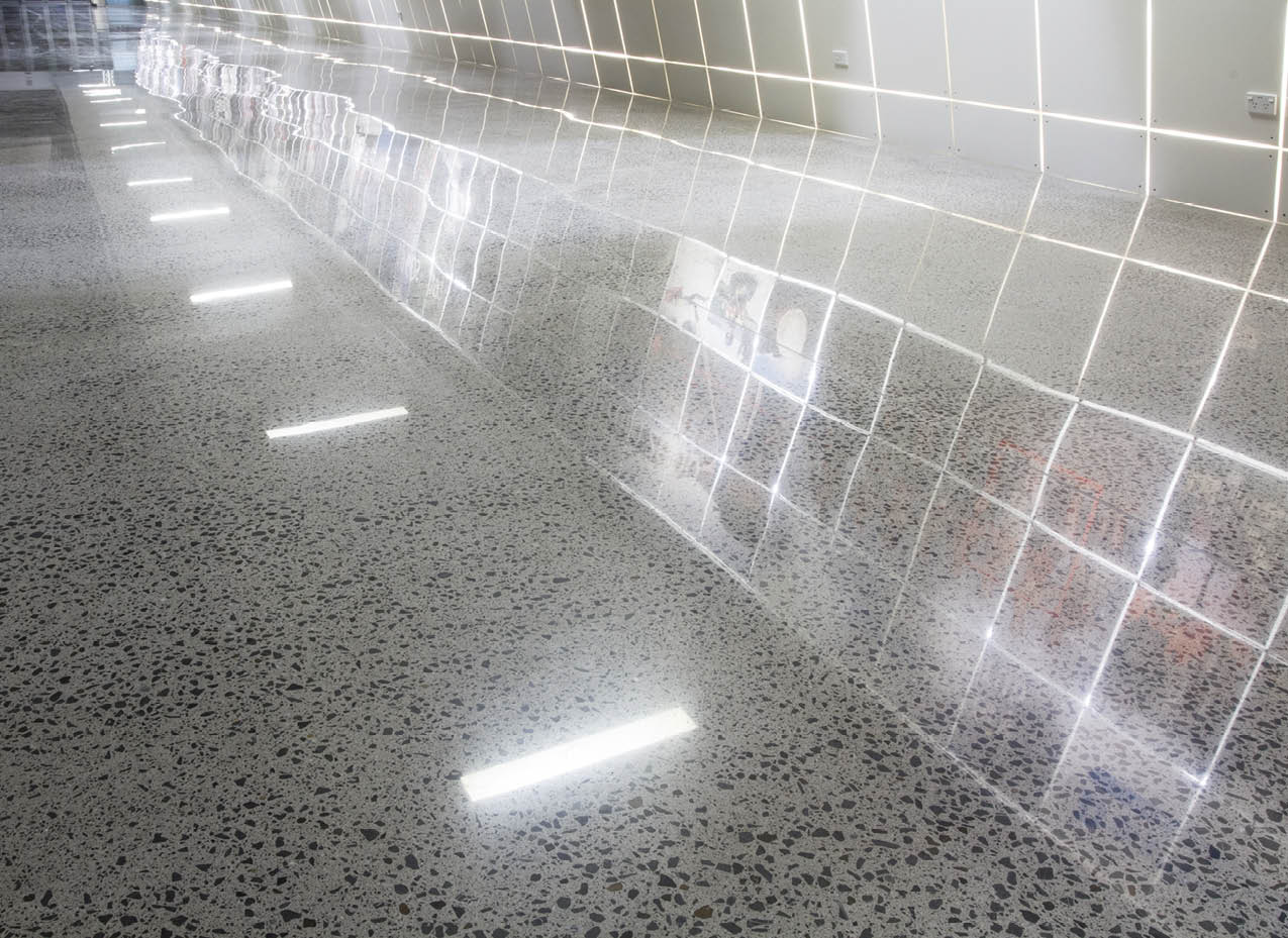 The floor seen here was created with the HTC Superfloor system which produced a highly refined surface with a high-gloss value and above-average DOI. Specification guidelines to fully embrace DOI are in the development stage.