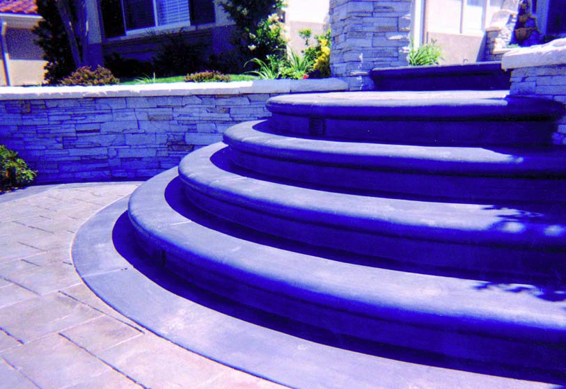 Radial steps create a grand entrance to any home or business.