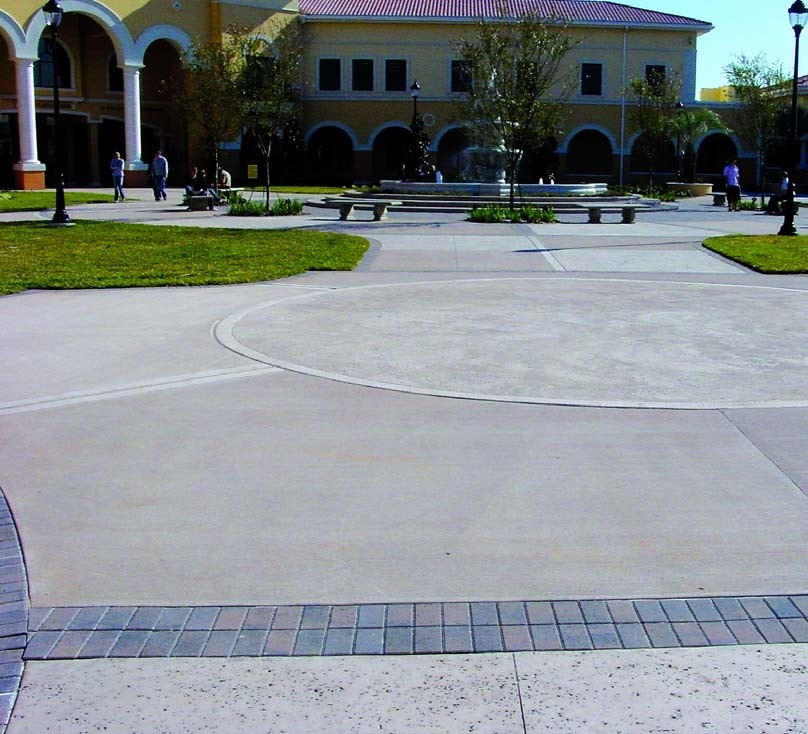 The large entrance area to this school in Florida features a medium-broom brush finish on the concrete. Photographs courtesy of QC Construction