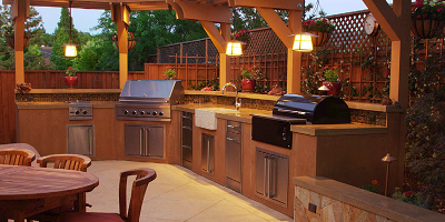 For Napa, Calif., homeowners, contractors were able to get a handle on the situation, creating a countertop for an outdoor kitchen that still looks great more than a year later.