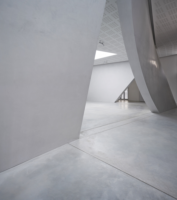 Ideal Work Palazzo Grassi concrete coating
