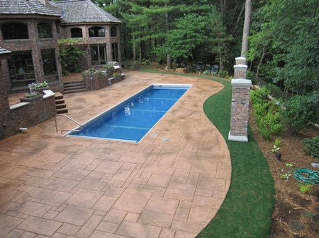stamped and stained swimming pool deck