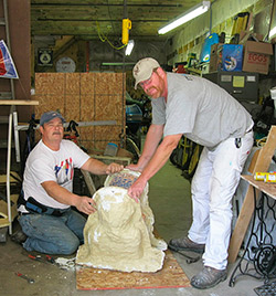 Ornamental Casting: Splitting the two halves of the mold.