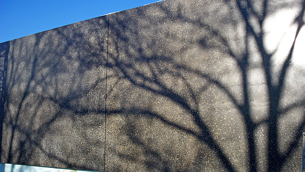 how to finish concrete walls