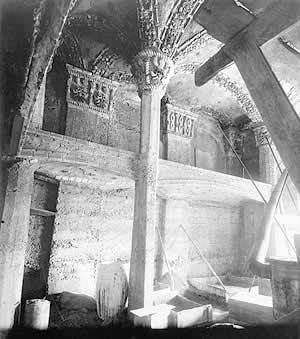 numerous vaulted ceilings at Fonthill were decorated with tiles that were embedded, face-down in the sand,before the concrete was poured.