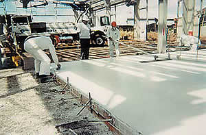 Water Reducers - High-range or superplasticizers can be used to create a very low water-tocement ratio for higher strength concrete, concrete with high slump, or in some cases both,