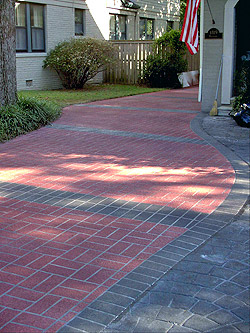This driveway was base-coated and then splatter-textured with Elite Crete's Thin-Finish.