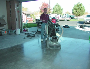 Walk-behind concrete polisher