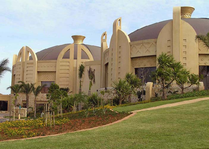 Tilt Up WallsThe Sibaya Casino in Durban, South Africa, is a vivid example of the extreme levels of craftsmanship that can be delivered by today's tilt-up contractor.