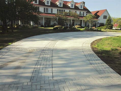 RESIDENTIAL FLATWORK Murphy Residence Driveway, Kansas City, Mo. Murphy Family, Permanent Paving Inc., Geiger Ready-Mix Co. Inc.