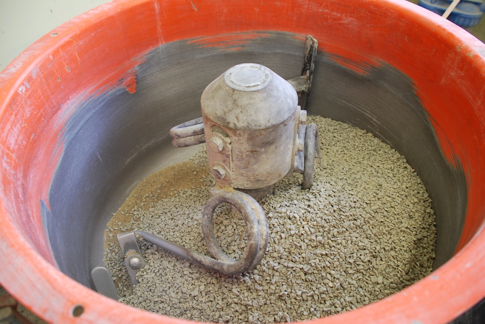 A vertical shaft mixer might be your result when Choosing the Best Mixer for concrete countertop mixes