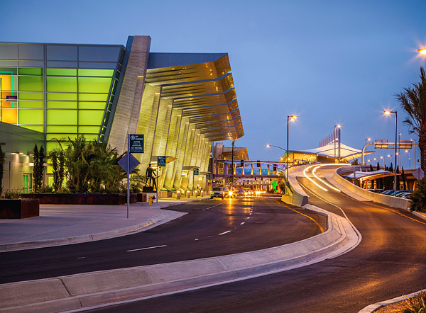 Architectural and decorative concrete in San Diego airport