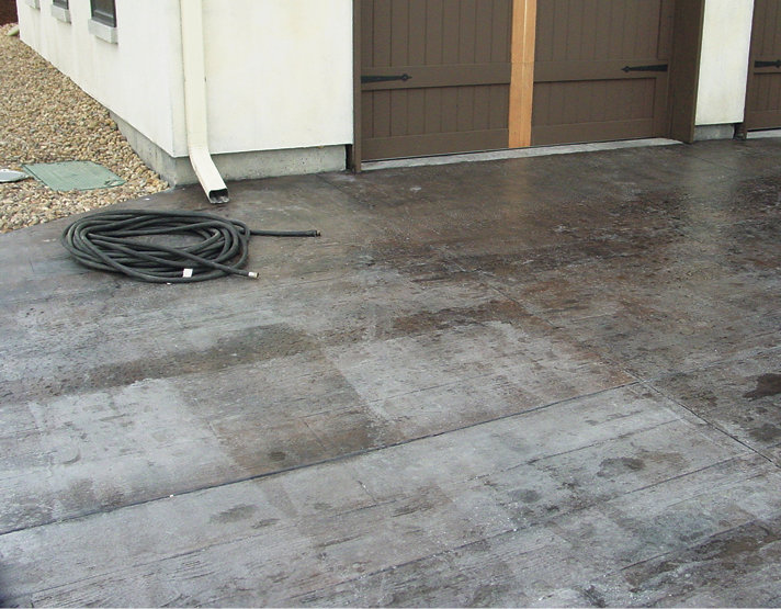 Applying a sealer that's high in acetone to a dark driveway in hot conditions may lead to rapid drying and blistering, and result in a blotchy and inconsistent finish.