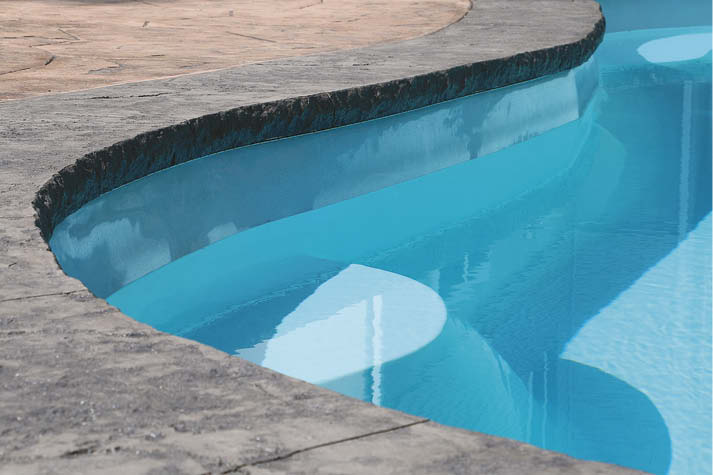 Reusable Z Poolforms are paired with an insert to get a desired edge profile such as the high-in-demand Chiseled Stone seen here.