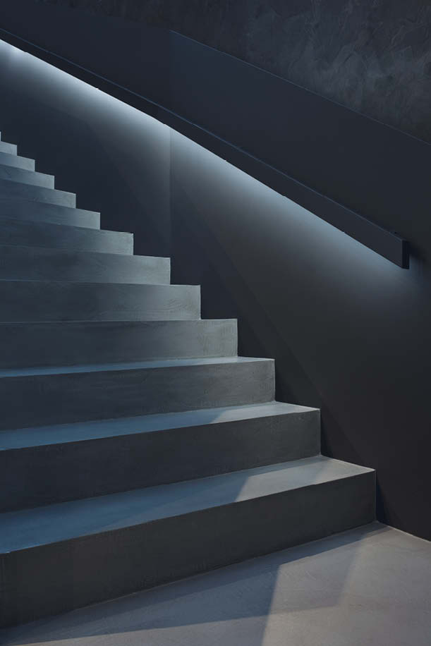 Simple concrete stairs with underlighting.