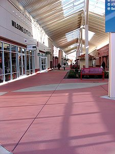 Integral Color complete mall - A job well done! Photographs courtesy of Butterfield Color