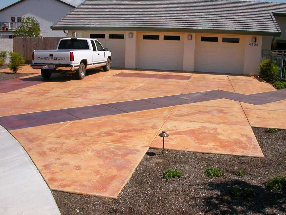 Outdoor Concrete Stains on a driveway