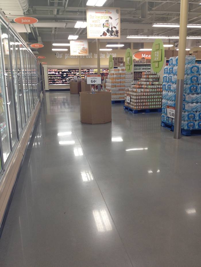 A grocery store with polished concrete.