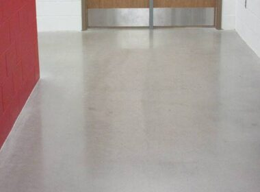 Hybrid polished concrete in a hallway
