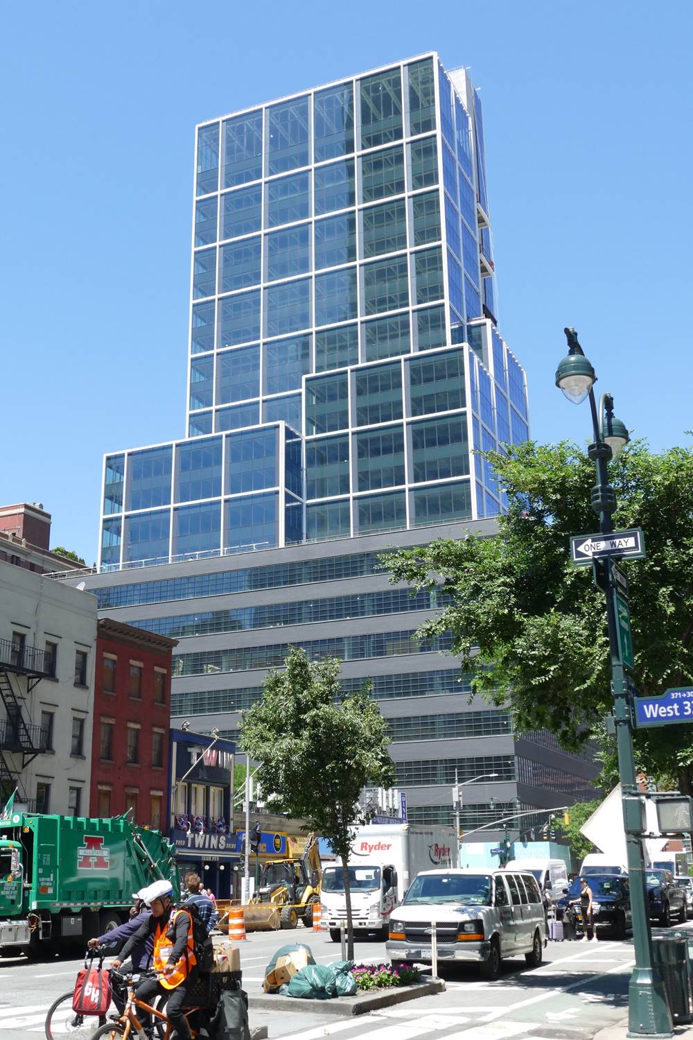 The Hudson Commons High-Rise