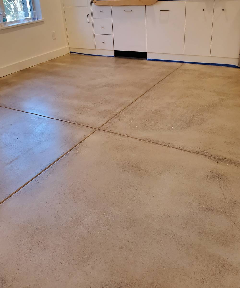 A concrete floor with joints