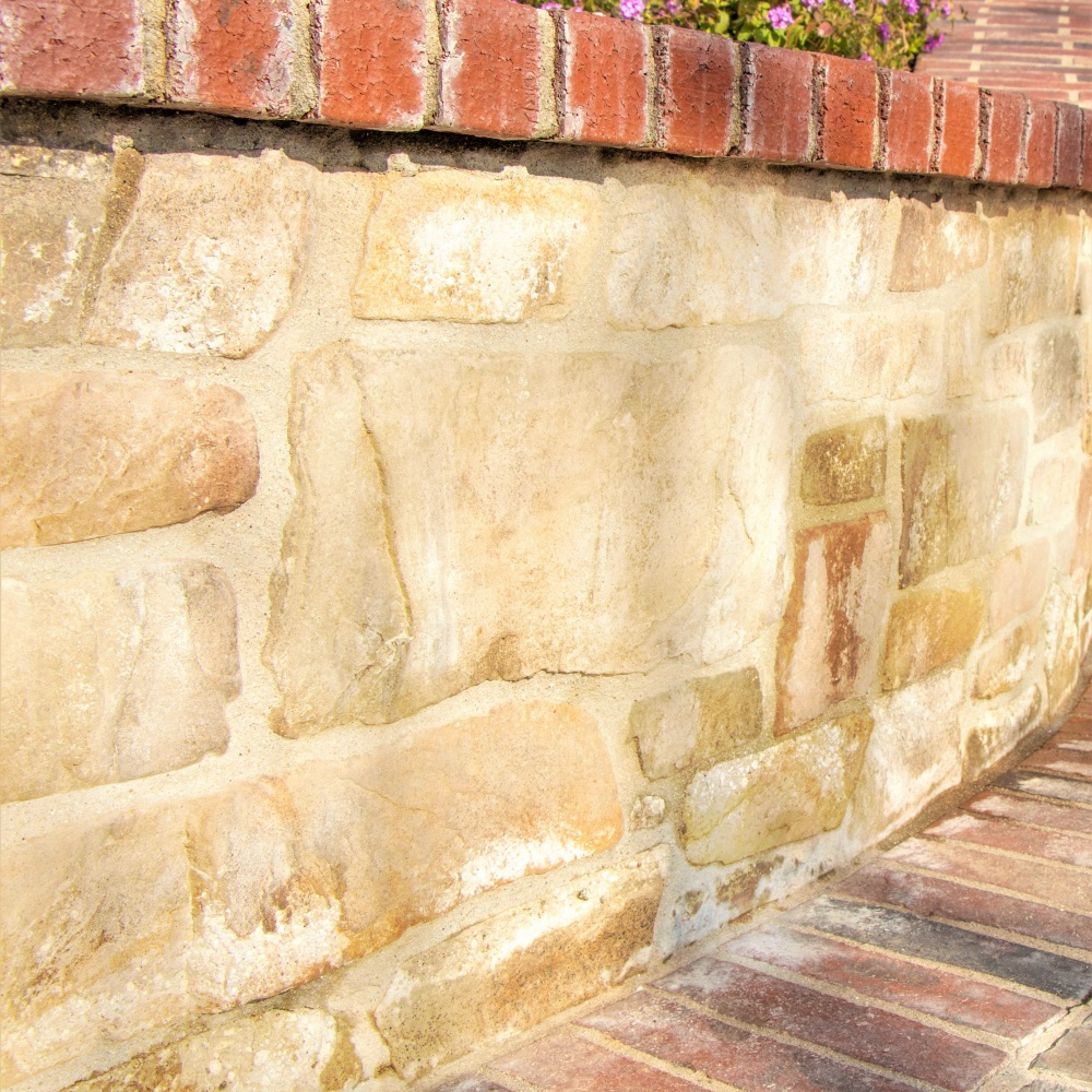 prepping your concrete surface with an efflorescence cleaner