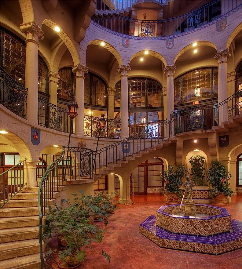 the inside of the Mission Inn Hotel & Spa in Riverside, California