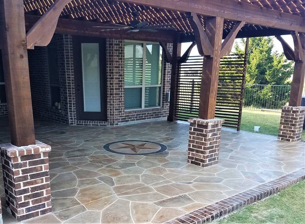 concrete patio with an overlay in flagstone design