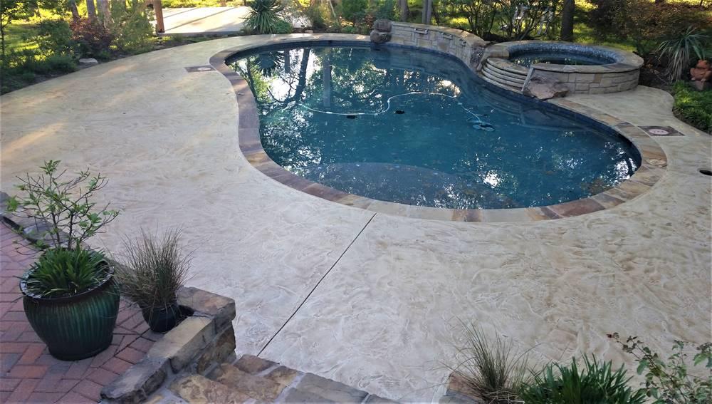 overlays on a pool deck