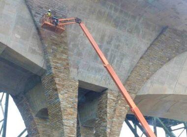 Expansive bridge repair