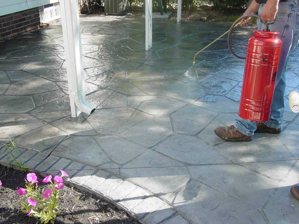 Curing concrete successfully can be tricky, but there are many options