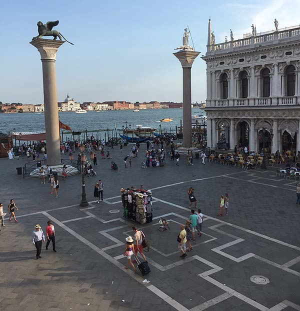 view of the lion of venice and waterfront of doge's palace