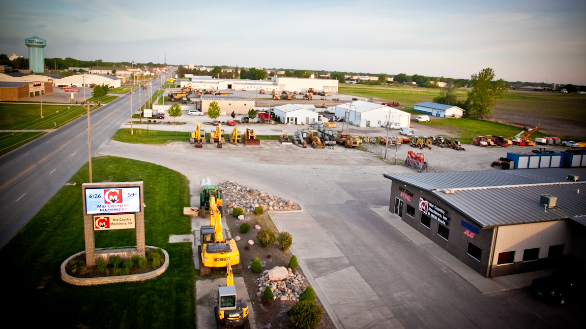 E-Z Drill welcomes Mid Country Machinery to its dealer network. Mid Country has three Iowa locations as well as a facility in Brewerton, New York..