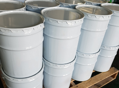 5 gallon metal buckets - construction chemicals