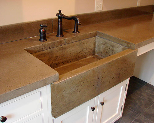 Wet casting an Apron front Sink Without the Corner Cracks
