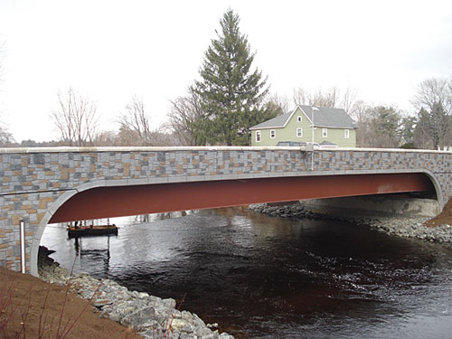 Second runner-up was Donlon Coatings Inc., of Massachusetts, for their use of Lithochrome Tintura Stain on the state Department of Transportation's Millers River Bridge project in Athol, Mass.