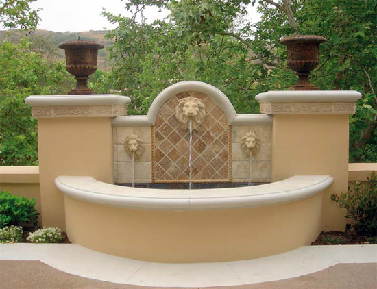 The wall caps on this fountain were created with a flexible, reusable Classic profile from Pacific Formliner.